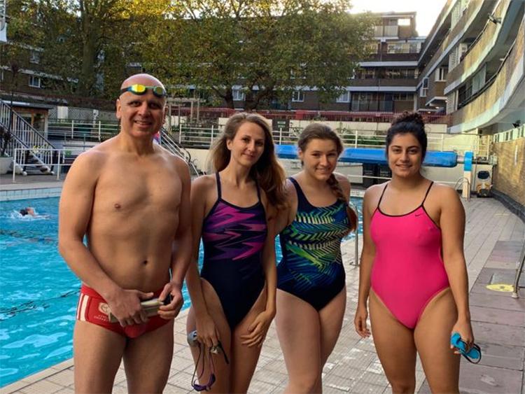 Ramin, Magali, Kornelia and Meena pre-swim